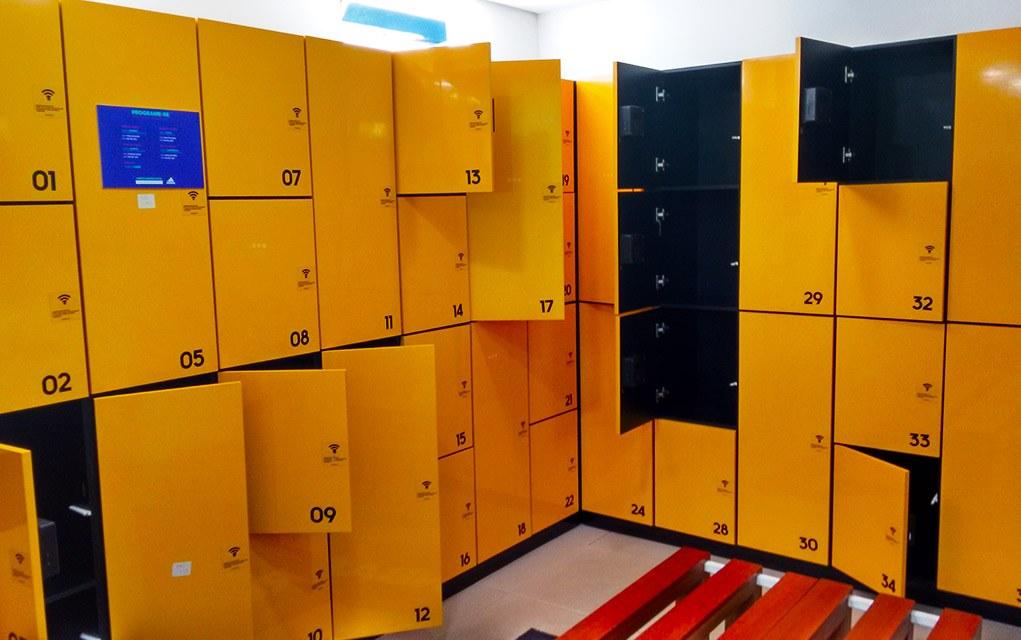 adidas runbase sp vestiário armários