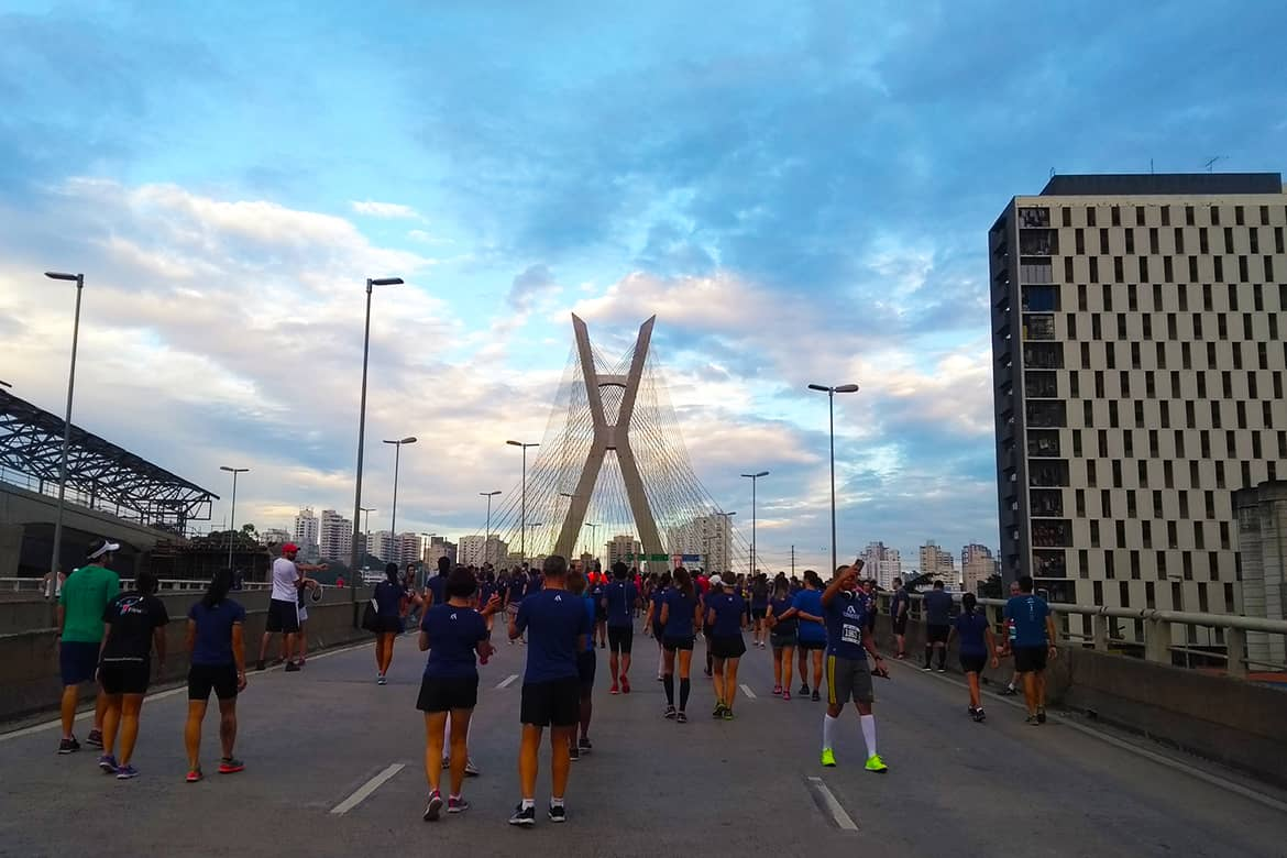 run the bridge corrida